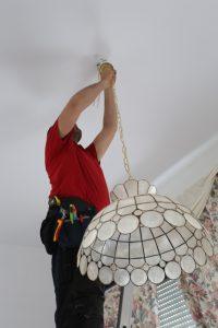 Ophangen lusters